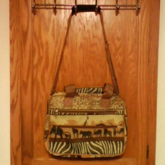 728cc4e21fbfa8 Benjamin Jordan Handbags - Sarfari tapestry travel bag.